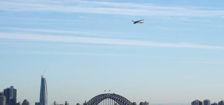 """Qantas lance un vol de sept heures vers """"nulle part"""" pour survoler l'Australie"""