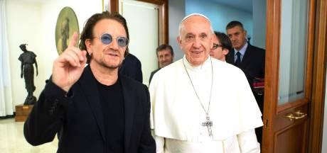 U2-voorman Bono ontmoet paus en praat over misbruik