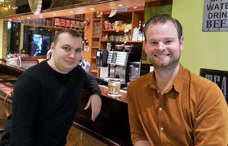 Djeckie Iwens (links), met zijn voorganger Matti De Laet.