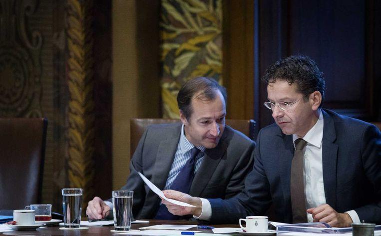 Staatssecretaris Eric Wiebes van Financiën en minister Jeroen Dijsselbloem van Financiën. Beeld anp
