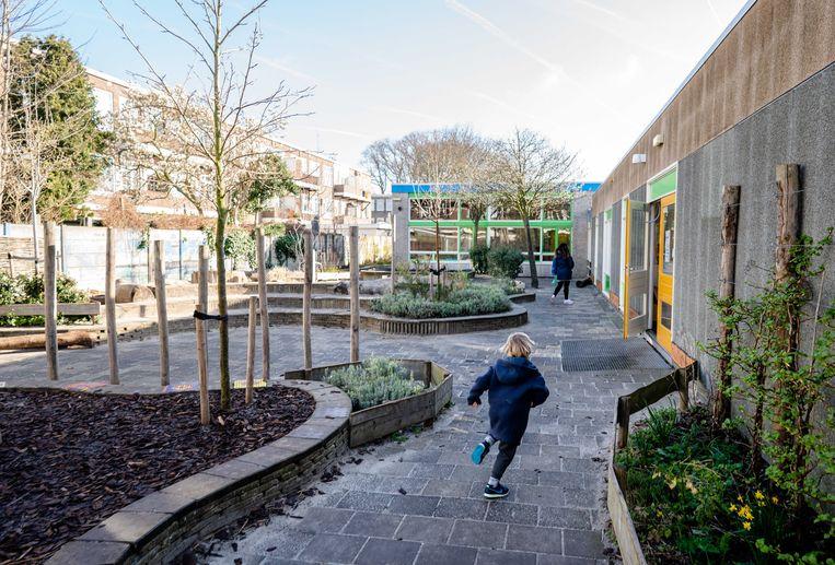 Een schoolplein op een basisschool in Den Haag. Beeld ANP