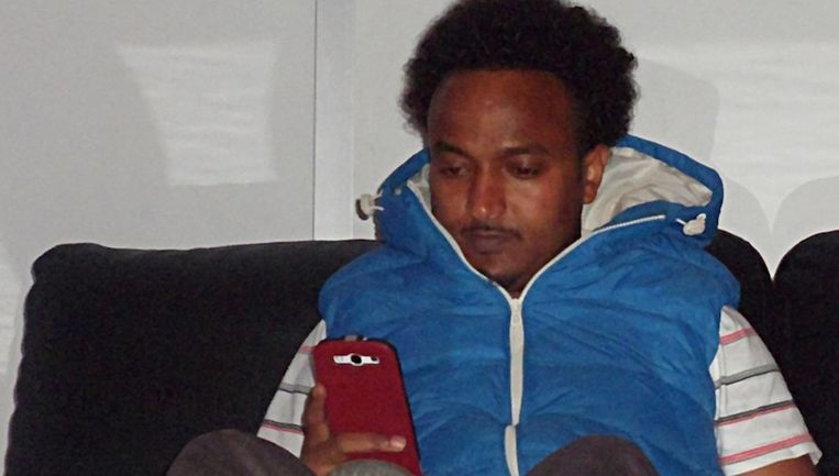 De 31-jarige Abdirahman 'Abdi' Hussein werd op 7 september 2013 doodgeschoten voor de Haardstee in Zuidoost Beeld Opsporing Verzocht