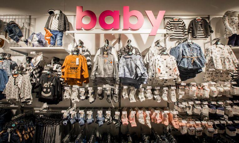 De afdeling kinderkleding tijdens de opening van de HEMA-pilotstore. Deze nieuwe formule van de winkelketen wordt doorgevoerd in de grote Benelux-winkels. Beeld anp