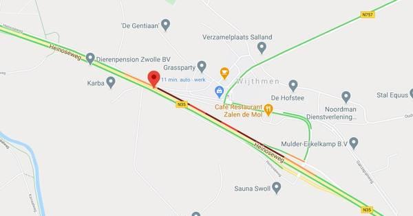 Ongeluk op N35 tussen Zwolle en Raalte hindert weggebruikers.