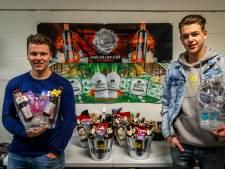 Een emmer bier als inspiratie: Stefano (18) en Freek (19) uit Helmond hebben nu een bedrijf in relatiegeschenken