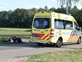 Botsing tussen twee motoren aan Strijbeekseweg, bestuurder met verwondingen naar ziekenhuis