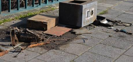 Kluis uit water gevist in Breda