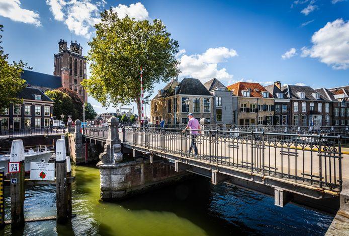 De Engelenburgerbrug gaat heel 2020 op slot.