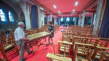 Kerkgangers weer naar vaste stek