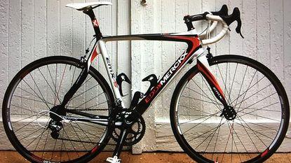 Dieven aan de haal met fietsen KOTK-wielerploeg