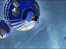 De lucht in tijdens 'Ballonfestival Oss'