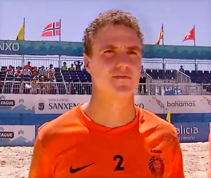 Rob Dietvorst in Nederlands Beach Soccer team Still Livestream
