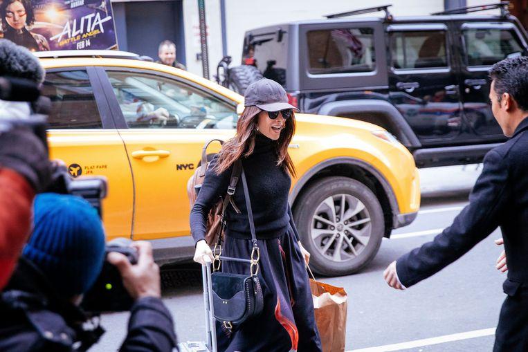 Abigail Spencer werd gefotografeerd toen ze arriveerde bij de babyshower van Meghan Markle.