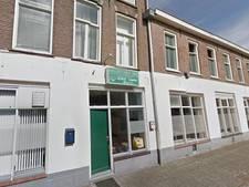 Ruiten vernield bij moskee in Kampen