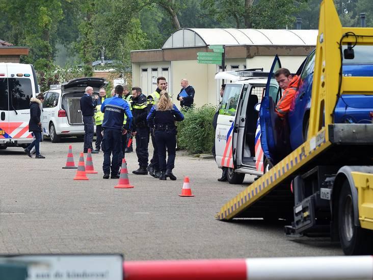 Beslag op vijf auto's bij actie op camping in Schijf