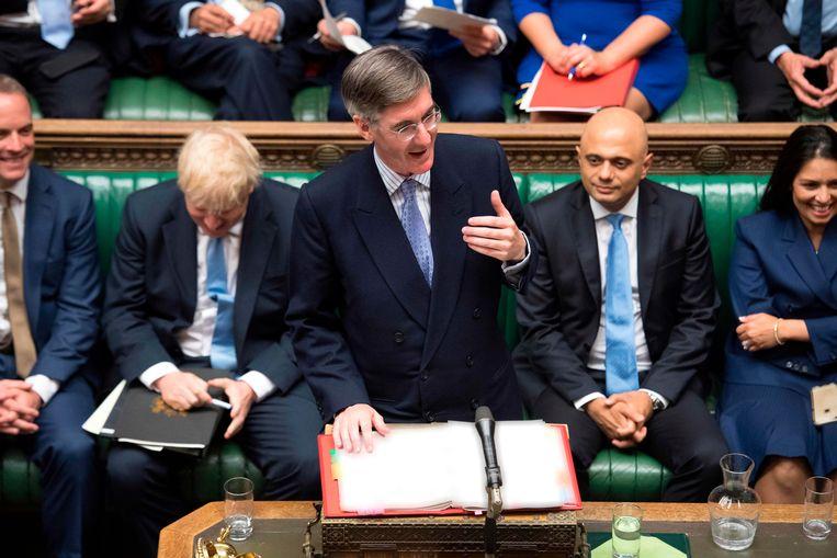 Jacob Rees-Mogg voert het woord in het Britse parlement Beeld AFP