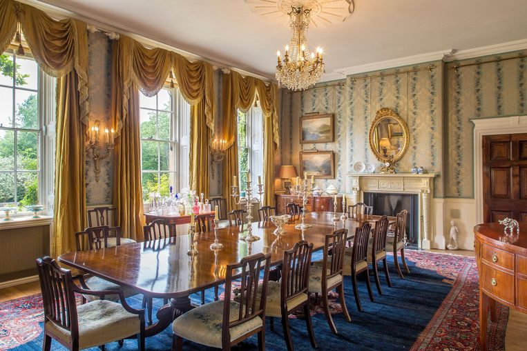 Het huis telt meerdere eetkamers, want een beetje afwisseling kan uiteraard nooit kwaad.