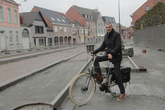 Burgemeester Luc Derudder.