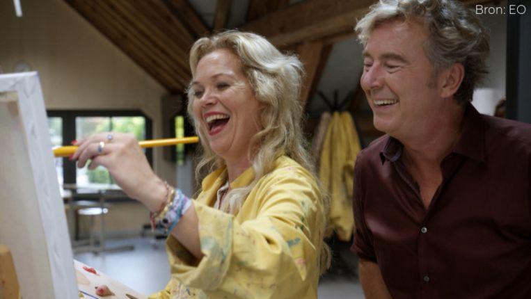 Roos Schlikker en Bert van Leeuwen in het EO-programma De laatste 24 uur. Beeld EO