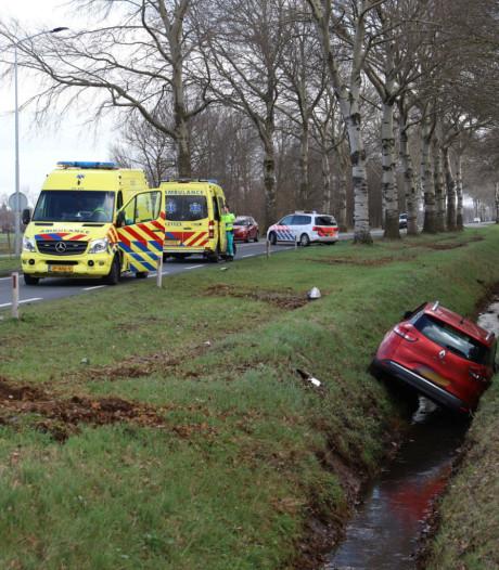 Twee gewonden bij ongeluk op Rondweg in Uden
