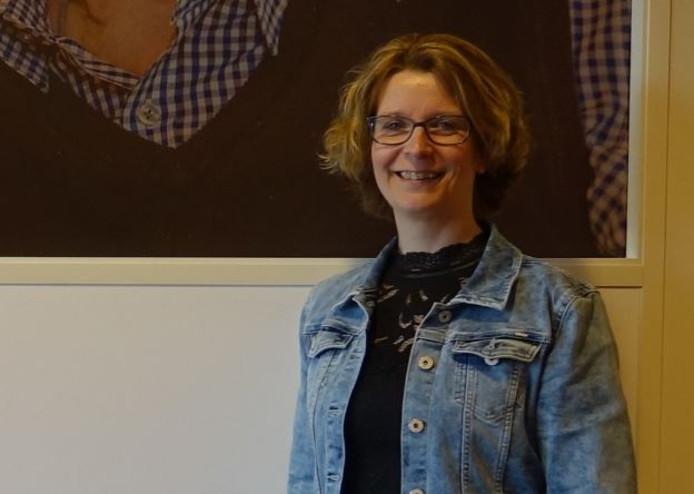 Inez Nieland-van der Mark is projectleider van het Veluws Ouderen Servicepunt, dat ouderen helpt om hun weg te vinden in zorgland.