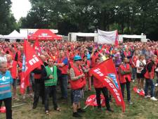 Stakers DAF en ASML schrijven zich in in Eindhoven: opkomst verwacht van meer dan 1.000 medewerkers