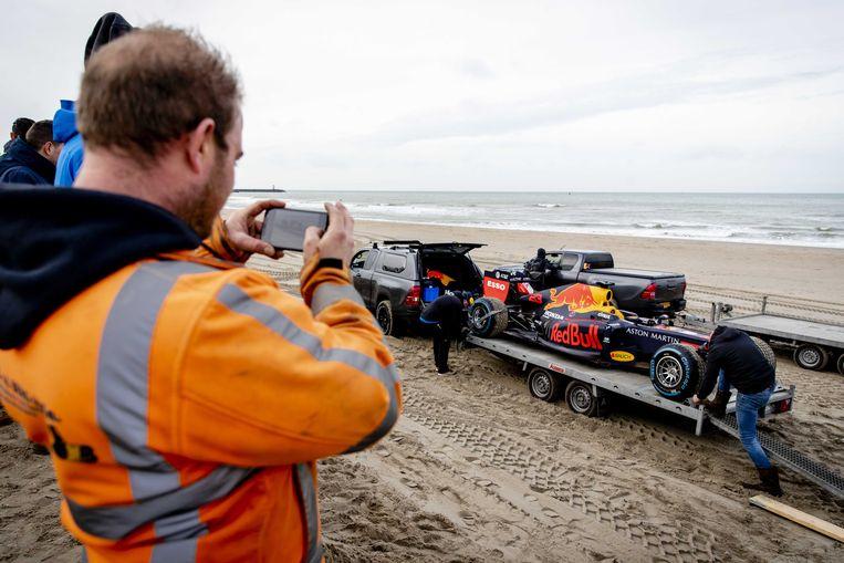 Ook Zandvoort staat vervoer Formule 1-teams over strand toe