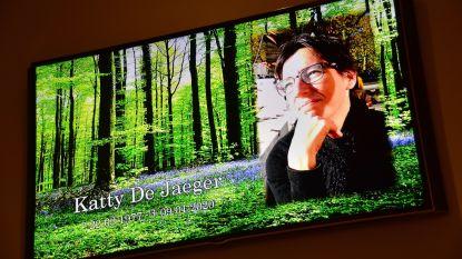"""Langemark-Poelkapelle neemt afscheid van Katty De Jaeger: """"Je zin voor humor en je sociaal engagement typeerden je mooie persoonlijkheid"""""""