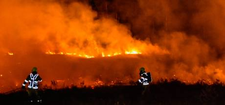 Opnieuw grote natuurbrand: deel Overasseltse en Hatertse Vennen brandt af