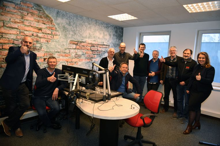 Het team achter Retro Radio Singjaal
