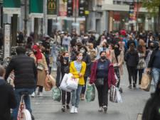 """Massale rush op Antwerpse winkels, net voor lockdown: """"Maar straks zal er nog weinig te redden zijn in kerstperiode"""""""