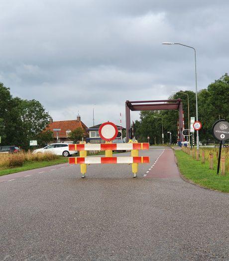Dagenlange storing teistert brug in Nijkerk