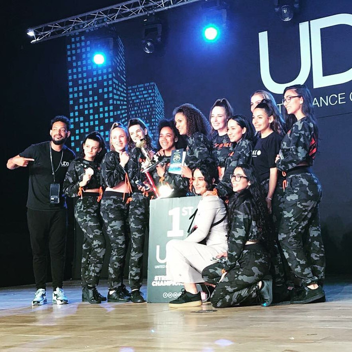 De Kiyomi Krew won het EK in de categorie van dansteams boven de achttien jaar.