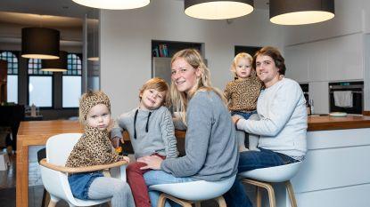 ZOVEEL VERDIEN IK. Leerkrachten Melinda (34) en Bart (34) verliezen 600 euro loon door halftijds te werken