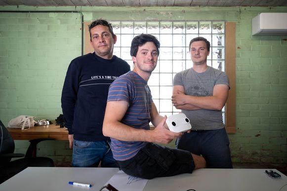 Axel Belmans, Thomas Crols en Hidde Wouters ontwikkelden met Axse.be een 3D-camera die bezoekers van evenementen telt.