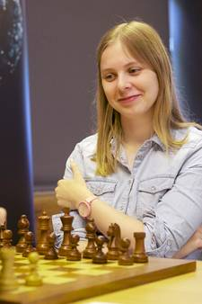 Anne Haast voor de vierde keer op een rij Nederlands kampioen schaken