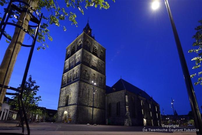 Het plein rondom de St. Plechelmusbasiliek is door een commissie van onafhankelijke deskundigen aangewezen als het mooiste kerkplein van Nederland.