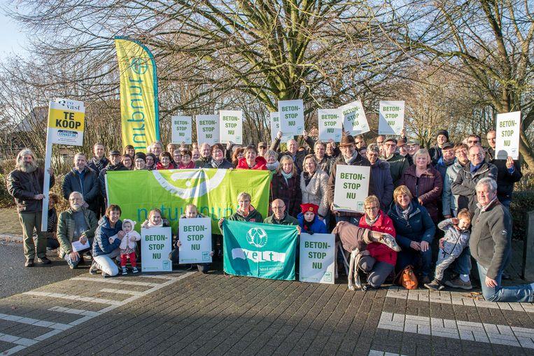 Vorig jaar protesteerden Natuurpunt Mandelstreke en VELT nog tegen de verkoop van het perceel grond in de Klokkeputstraat.