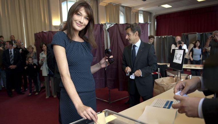 Woody Allen ziet in first lady Carla Bruni-Sarkozy een veelbelovend actrice. Foto EPA Beeld