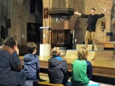 Ludiek Bijbelverhaal in de kerk in Koewacht