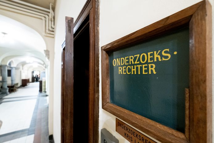 MECHELEN - Het kantoor van de onderzoeksrechter in Mechelen.