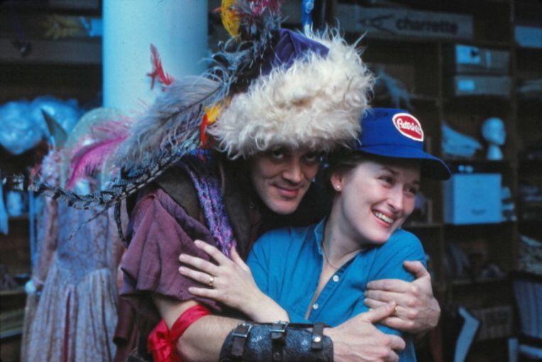 Raul Julia en Meryl Streep. Beeld Getty Images