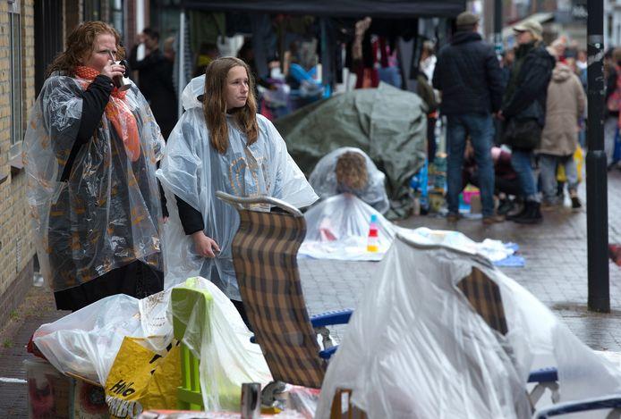 Impressie van de vrijmarkt in Zevenaar tijdens Koningsdag 2019.