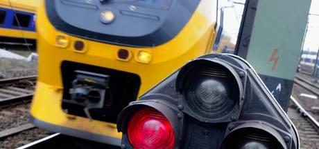 ProRail bouwt verkeersleidingspost in Barendrecht