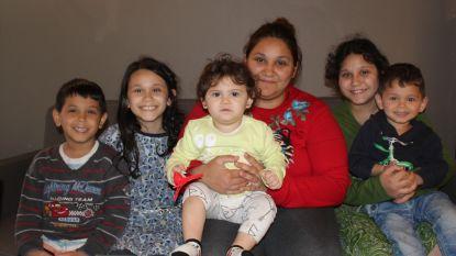 Huis zakt weg nadat aannemer kelder graaft:  gezin met vijf kinderen naar noodflat