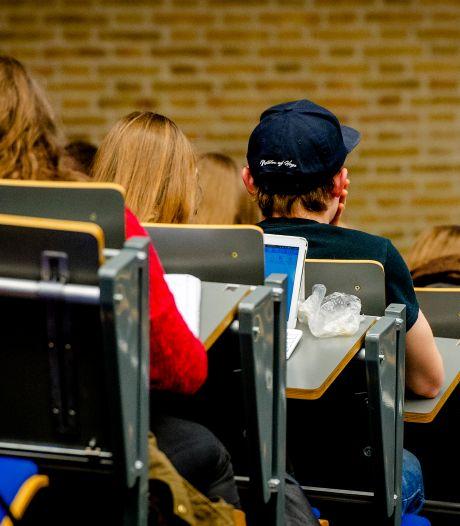 Studenten geven onderwijs sinds coronacrisis een onvoldoende
