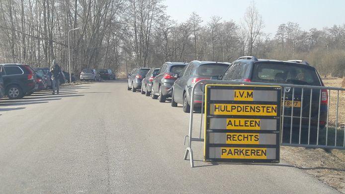 Burgemeester Bats nam maatregelen om de verkeerschaos tot het minimum te beperken.