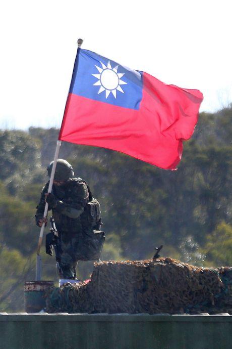 """La Chine lance un """"avertissement"""" ferme à Taïwan et aux États-Unis"""