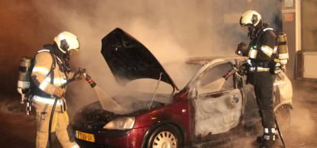 Verzekeraars bezorgd over record: dit jaar al 3000 auto's in vlammen opgegaan