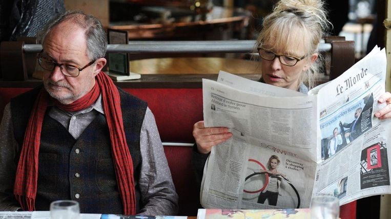 Jim Broadbent en Lindsay Duncan in A Weekend in Paris (Roger Michell, 2013). Beeld null